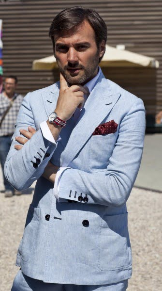 The-light-blue-summer-suit-double-breasted-with-patch-pockets-heavy-pick-stitching-335x600