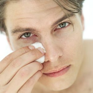 hemorrhoid-cream-under-eye-puffiness-1