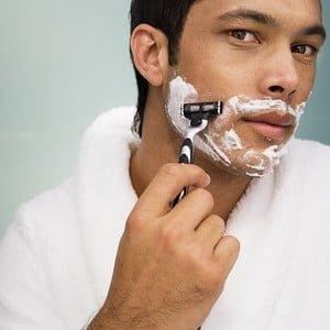 Prevenirea iritaţiilor de după bărbierit
