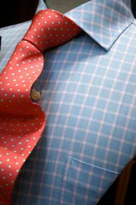 asortează cravata cămașă
