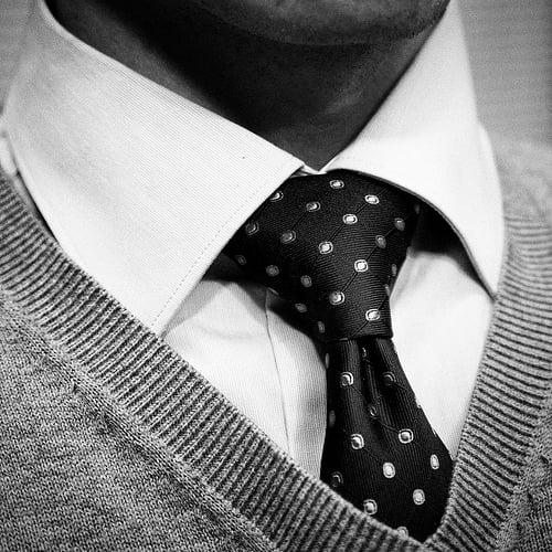 nodul de cravată Windsor