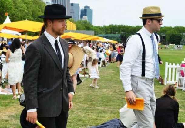 Cum aş vrea să fie îmbrăcaţi bărbaţii la evenimentele sportive