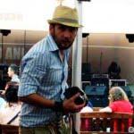 Cum să-ţi asortezi aparatul foto la ţinută
