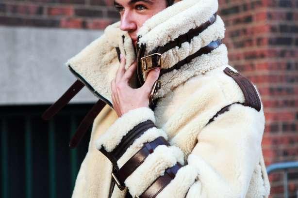 Cum se îmbracă bărbații iarna