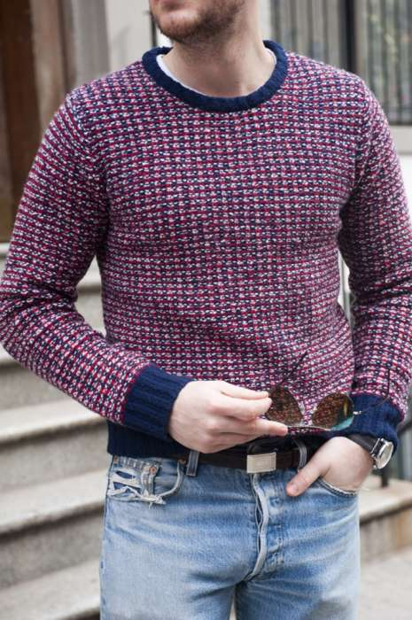 puloverul guler rotund
