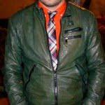 Jacheta din piele şi desert boots