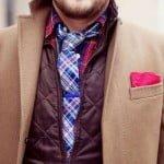Layering și acul de cravată albastru