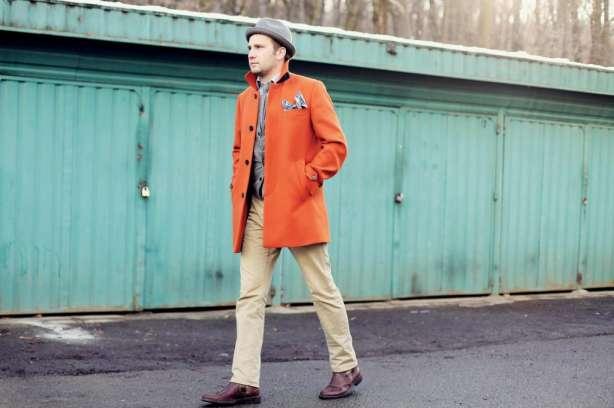 Paltonul portocaliu
