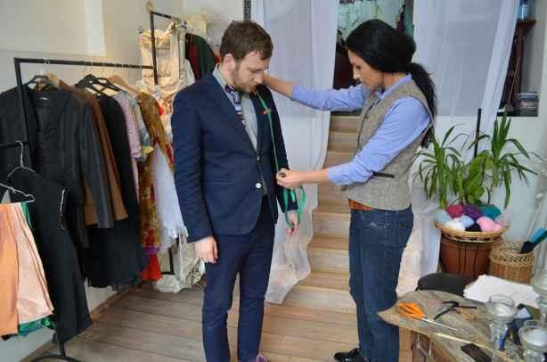 cel mai ieftin pret 100% calitate superioară stil clasic Cum se face un costum la comandă la Gina Butiuc - Stil Masculin .ro