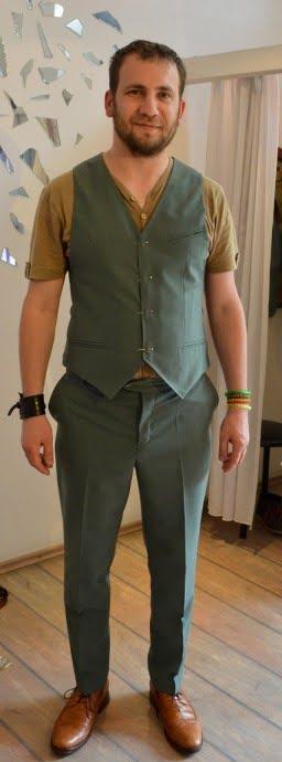 Pantaloni si vesta costum