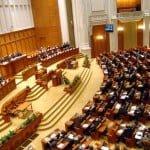 Un cod vestimentar în Parlamentul României