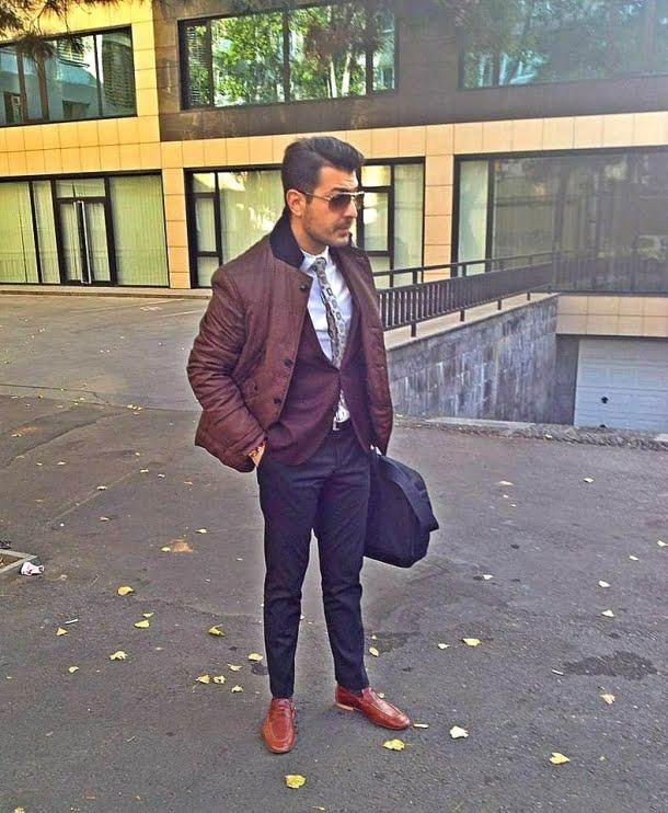 Cel mai bine imbracat din București