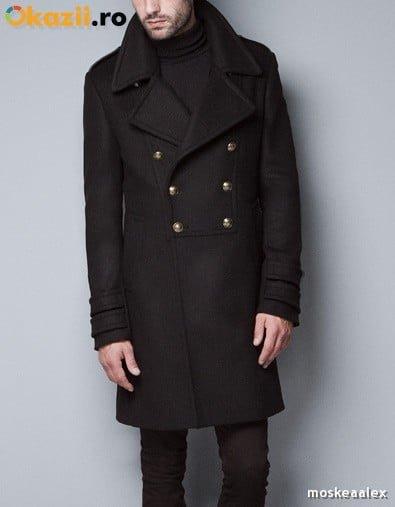 Palton negru cu nasturi aurii
