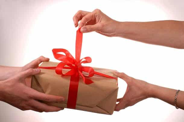 Câte idei de cadouri de Crăciun în 2020