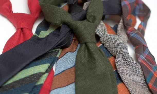 Ce este cravata? Un accesoriu?