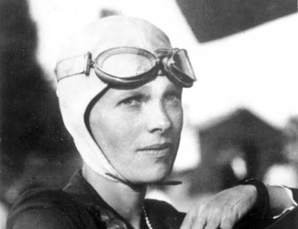 Amelia-Mary-Earhart-July-24-1897-1937-celebrities-who-died-young-29464355-614-472