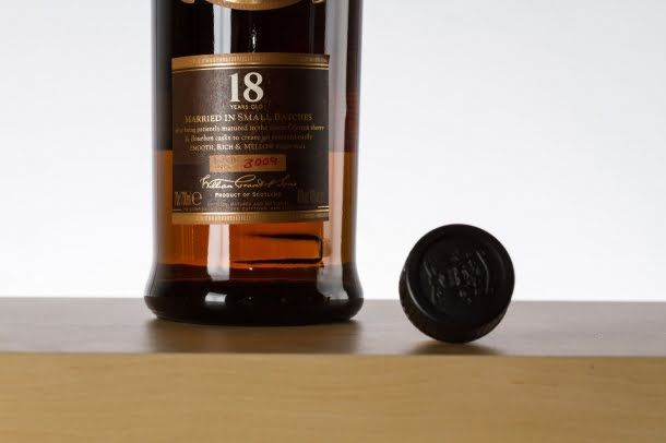 WHISKY GIVE 1