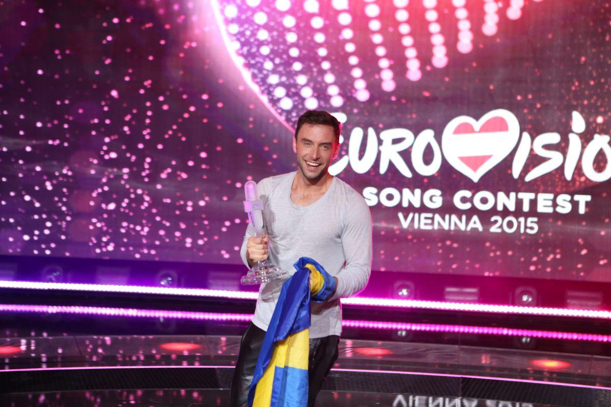 Ținutele de pe scena finalei Eurovision