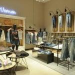 La București s-a deschis primul magazin Hilfiger Denim din România