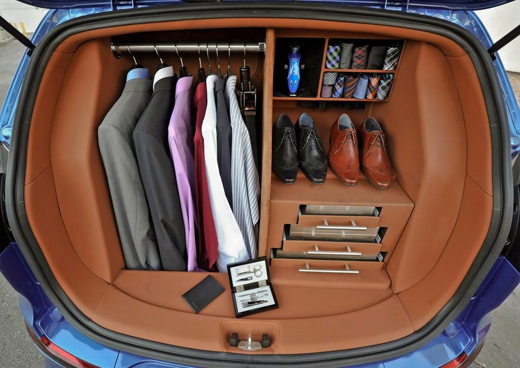 Wardrobe-Car