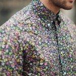 Imprimeurile florale din garderoba contemporană masculină