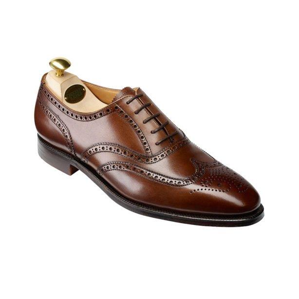 5 perechi de pantofi pe care ar trebui le ai în garderobă