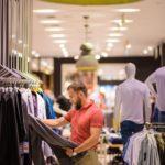De ce e bine să nu cumpărăm haine doar de dragul a le returna