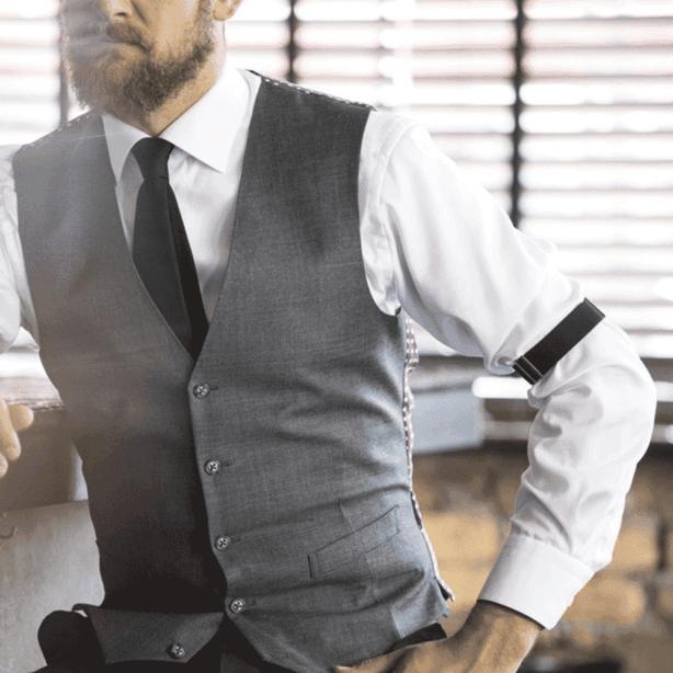 jartiera mâneci lungi cămașă