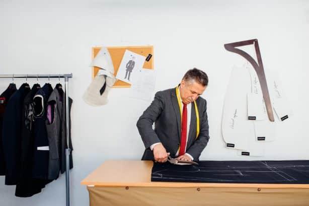 Croitorul Anghel Constantin sărbătorește 40 de ani de experiență