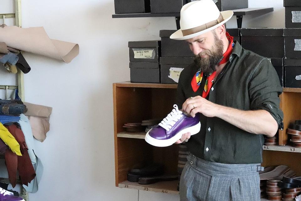 Cum se face încălțămintea sport (sneakers) PaPrezzo la comandă